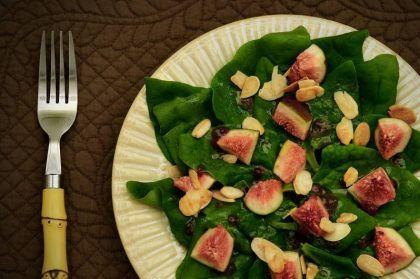 salada-espinafre-amendias