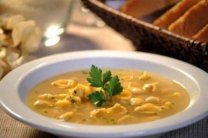 sopa-capeletti