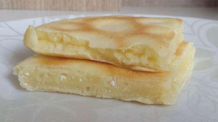 pao-de-frigideira-de-tapioca-e-queijo