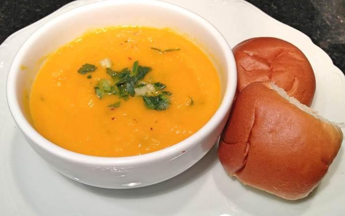 sopa-de-cenoura-e-laranja