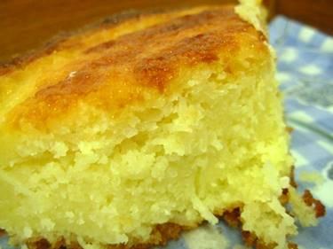 bolo-baiano-de-mandioca-com-coco