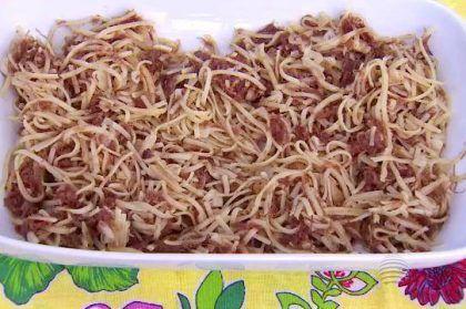espaguete-com-carne-seca