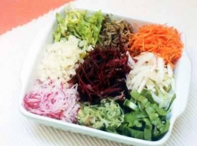 salada-colorida-de-legumes
