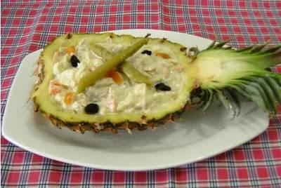 salada-de-frango-com-abacaxi