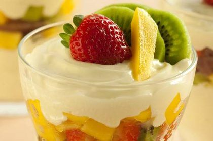 salada-de-frutas-calda-de-iorgute